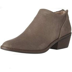 NIB Lucky Brand Size 10 Ankle Booties